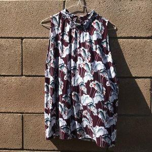 🎃Ann Taylor floral sleeveless